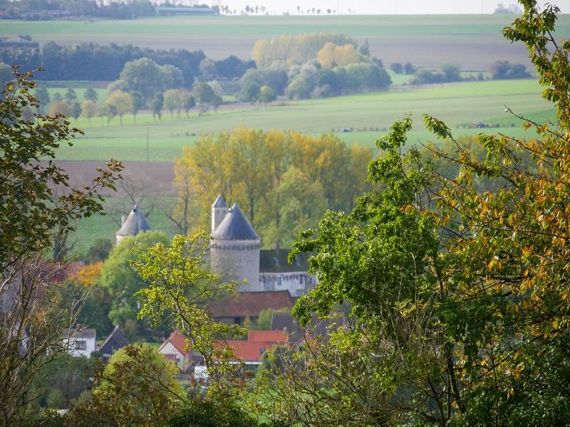 Vue sur le Château d'Olhain