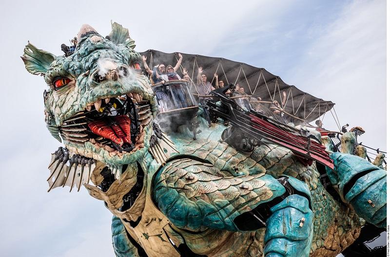 Dragon de Calais Balade à dos de dragon