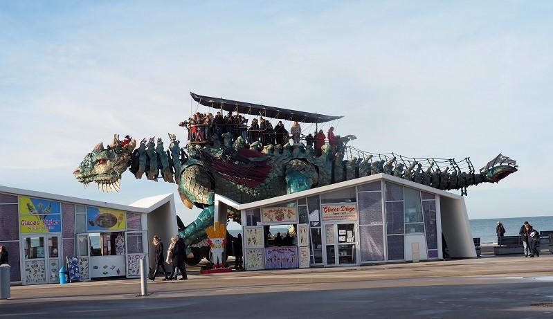 Dragon de Calais OLYMPUS DIGITAL CAMERA