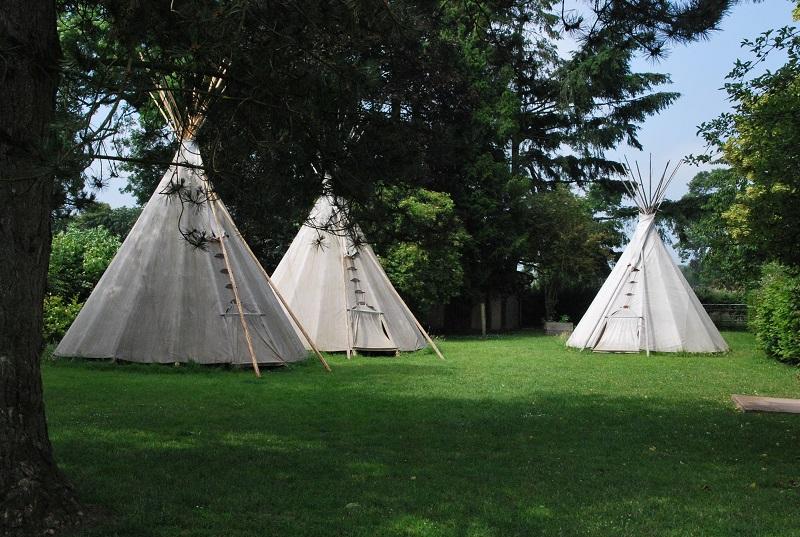 Campement Tipis